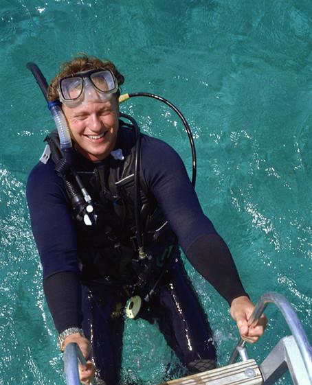 Discober Scuba Diver