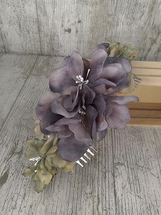 Peineta de flores en gris y verde