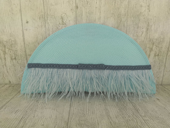 Bolso Mat azul claro con plumas