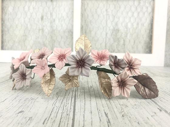 Tocado flores porcelana  en dorados y marrones