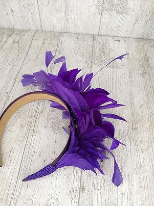 Diadema pomo de plumas morados