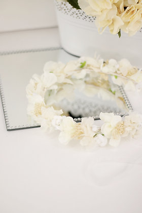 Corona hortensias blanco roto