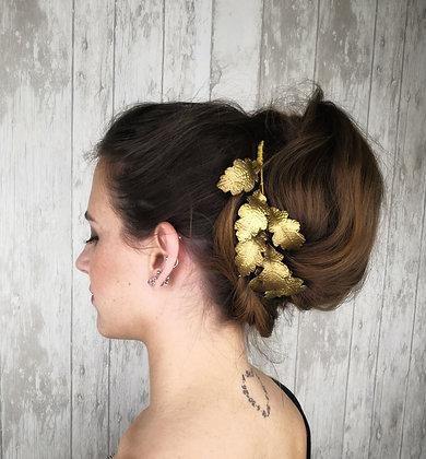 Peineta hojas de roble doradas