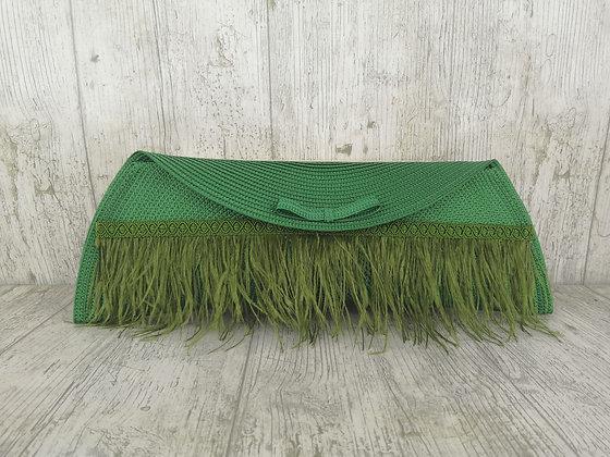Bolso Lau verde hoja con plumas