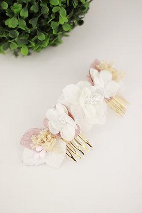 Peineta flores terciopelo blancas