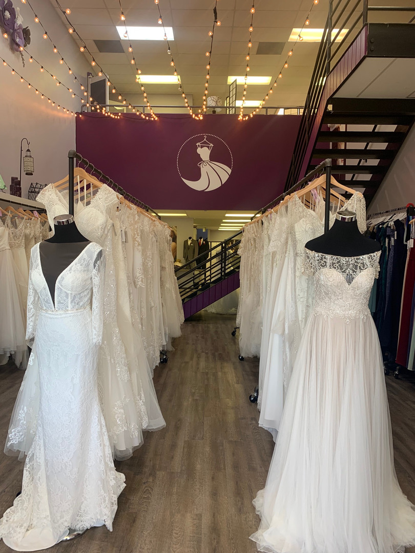 The view of our wedding dress selection when you walk through the front doors. Beautiful fit and flare gowns, a lines, sheaths, and ballgowns. Lace, beading, applique, rouching, and more! Find your perfect wedding dress while browsing through our collection.