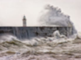 phare tempête.jpg