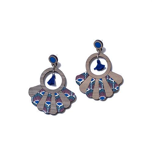 Boucles d'oreilles en bois Frida tissu wax paon bleu
