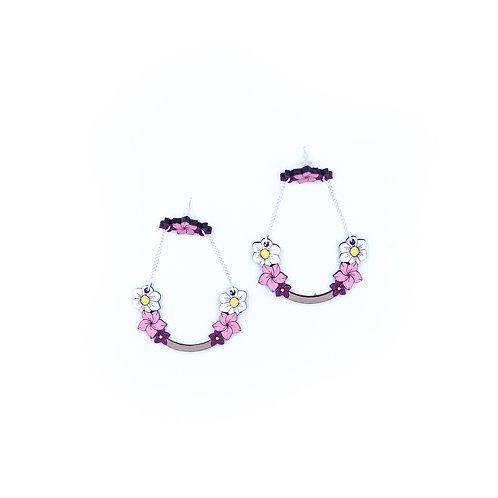 Boucles d'oreilles en bois fleurs roses et chaine argent