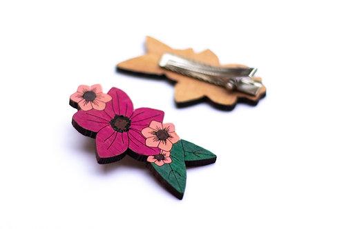 Grande barrette fleurs roses en bois