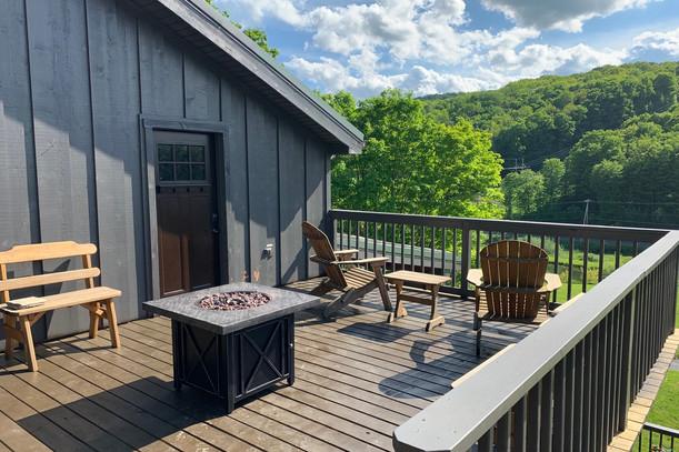 Lodge Private Balcony