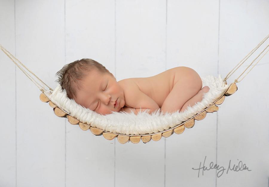 white hammock babyin web