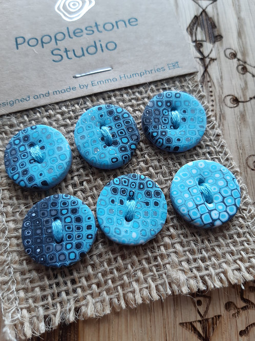 6 buttons Approx 19 mm