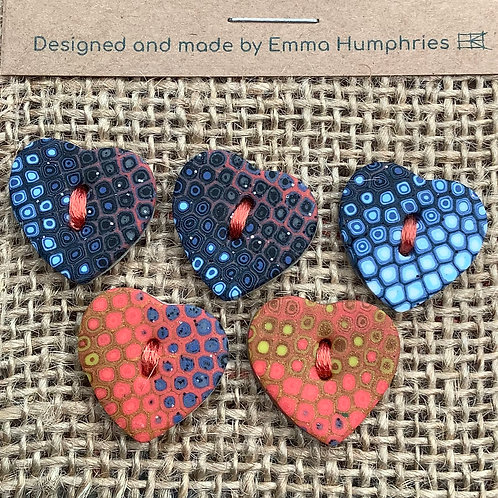 5 heart buttons Approx. 25mm