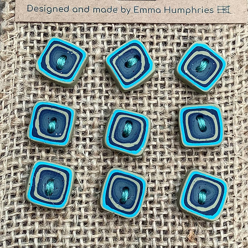9 buttons Approx.  10mm