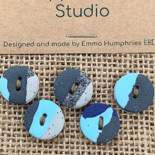 5 buttons Approx 15mm diameter