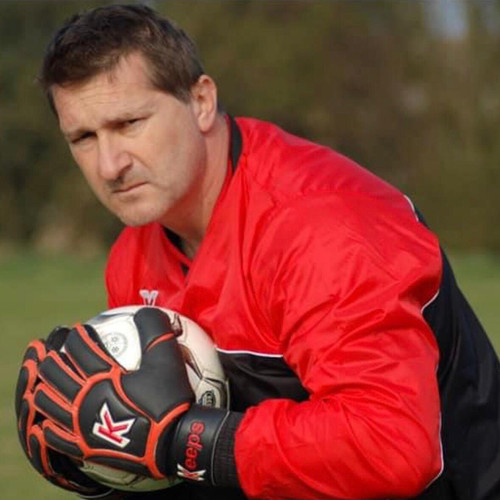 Former Chelsea Goalkeeper Coach Leslie Cleevely Joins SC East Bengal
