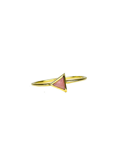 Gold Triangle - Pink Opal   gouden ring
