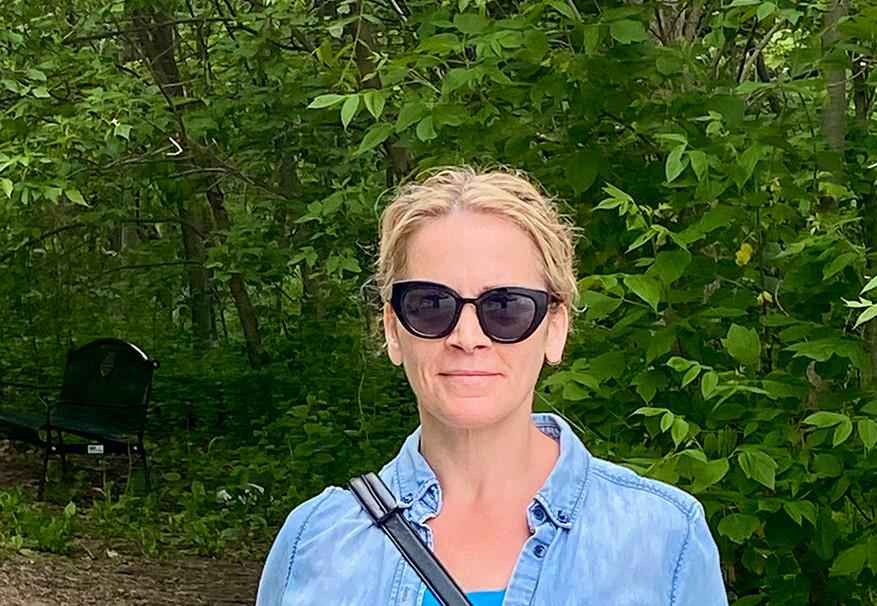 Hiker Brenda D from Team Hospice Helping