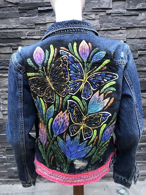 Mariposas con flores