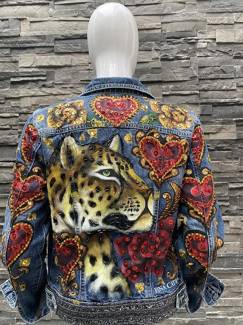 Jaguar Corazones Rojos