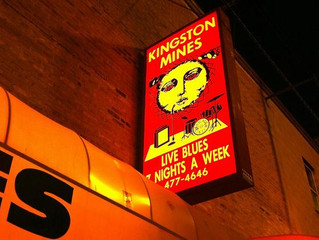 Kingston Mines Expanding the Room