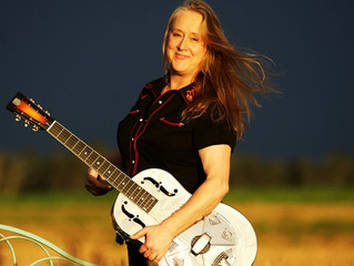 Fingerpicking good: how blues guitarist Fiona Boyes 'arrived' with help from a rubber chicken