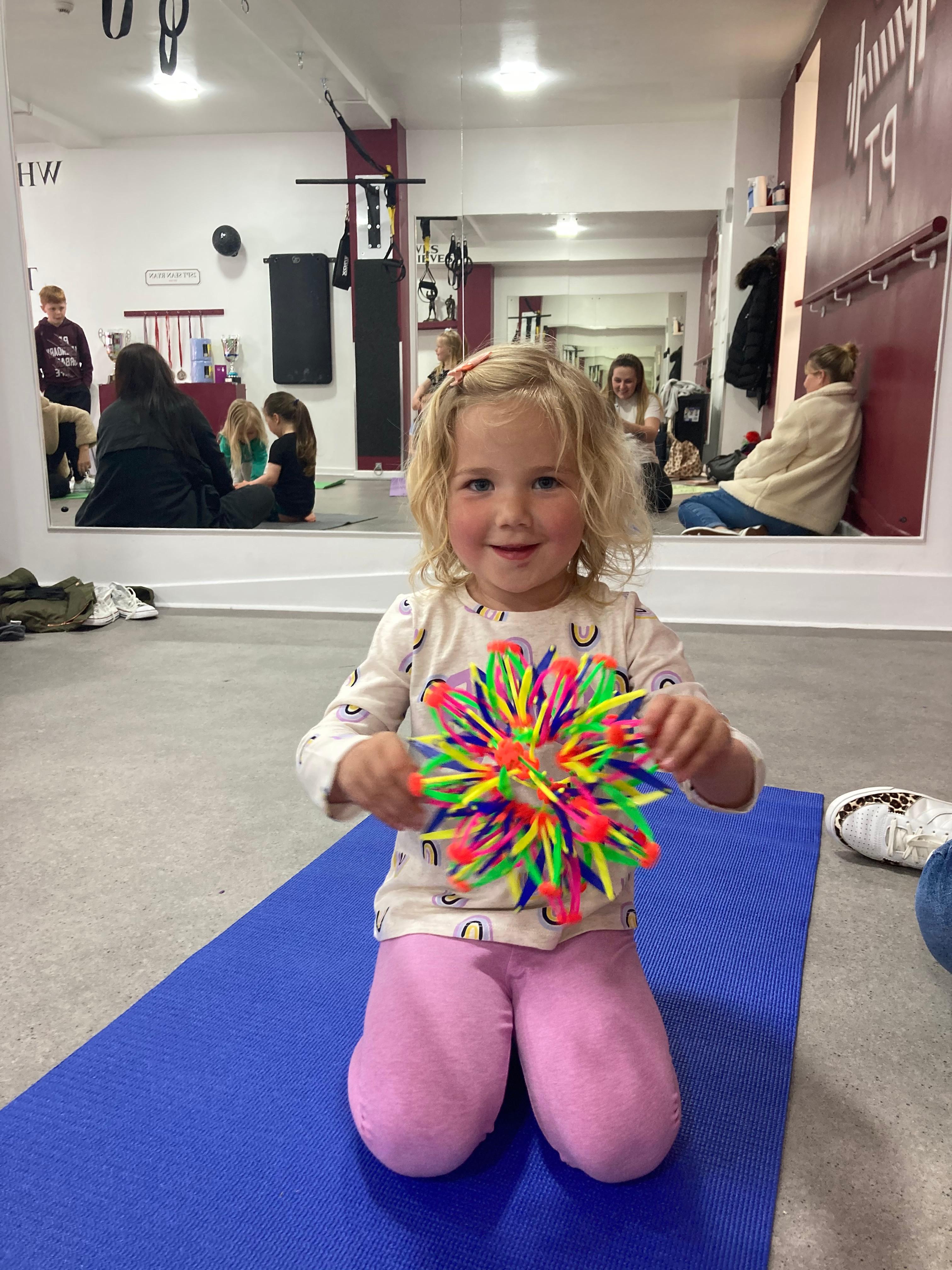 Teeny Bairns 2-4y Yoga Class (WED 4PM)