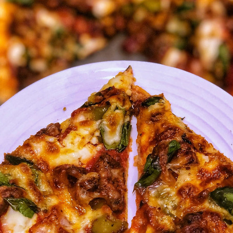 Easy Deviled Chicken Pizza