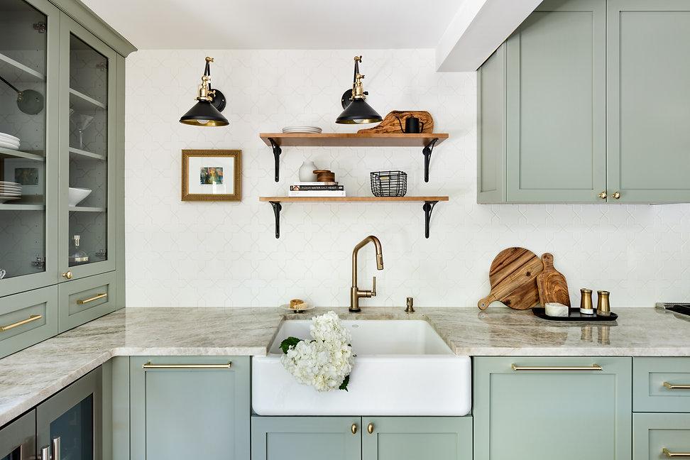 modern kitchen design in WEST SEATTLE