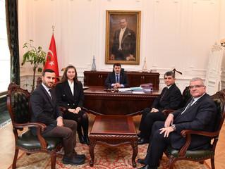 Ankara Balıkesirliler Derneği, Ankara Valisi Sn. Vasip Şahin'i ziyaret etti.