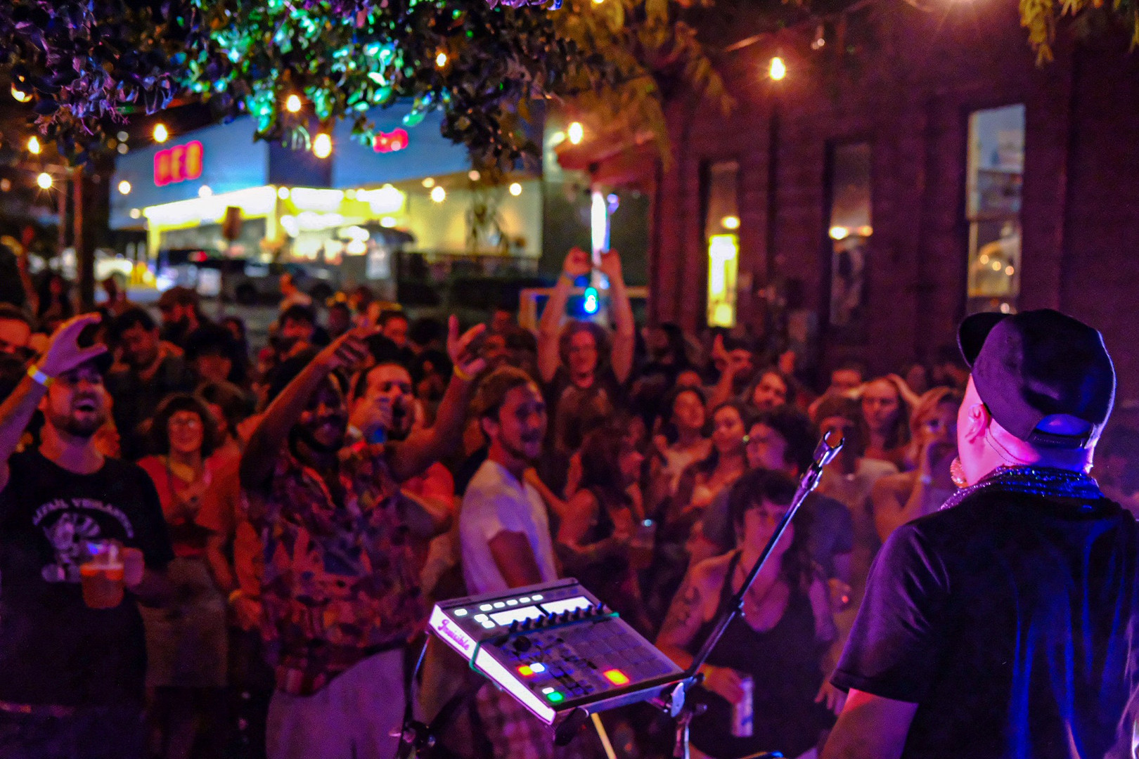 Henry and The Invisibles (San Marcos) performs at Tantra