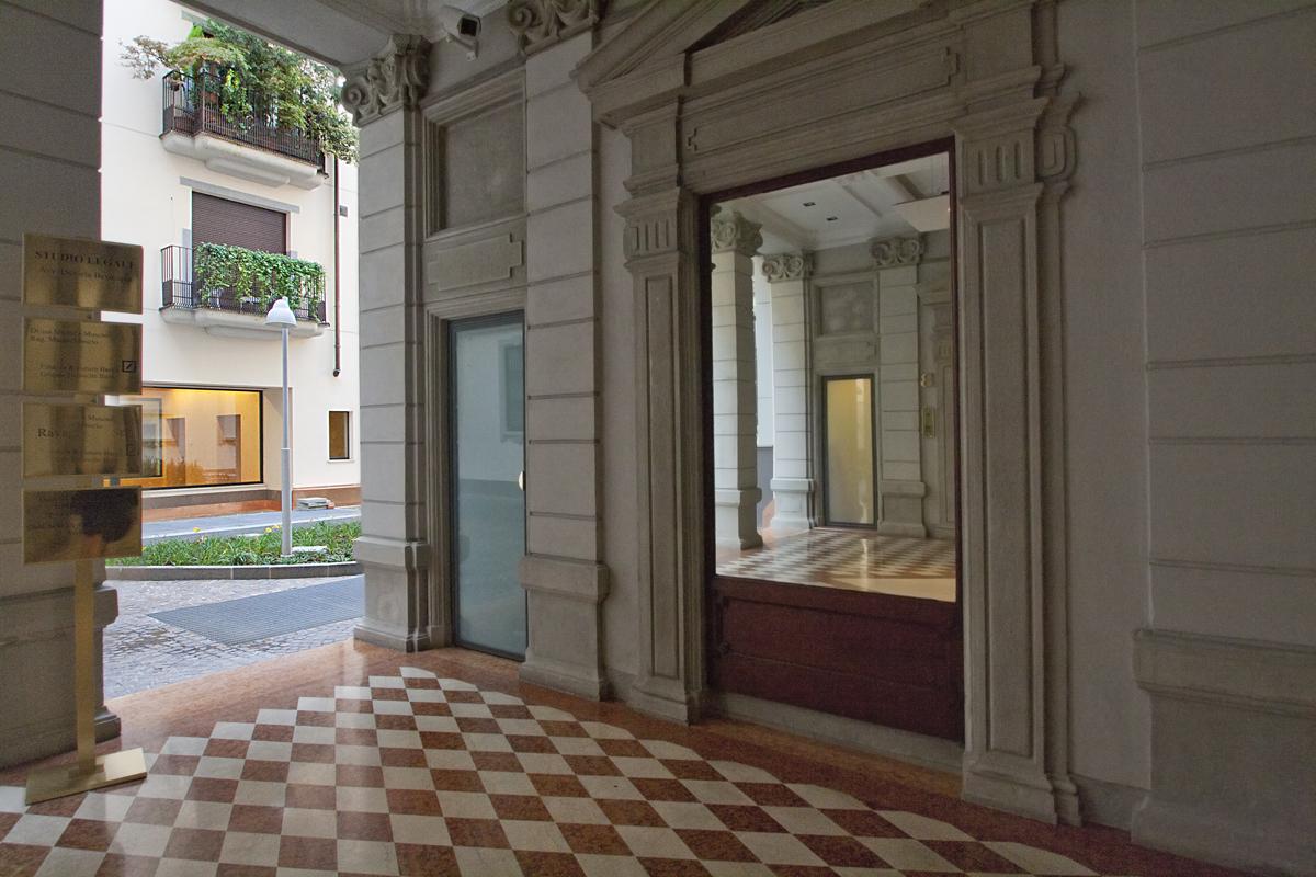portineria Bronzetti.jpg