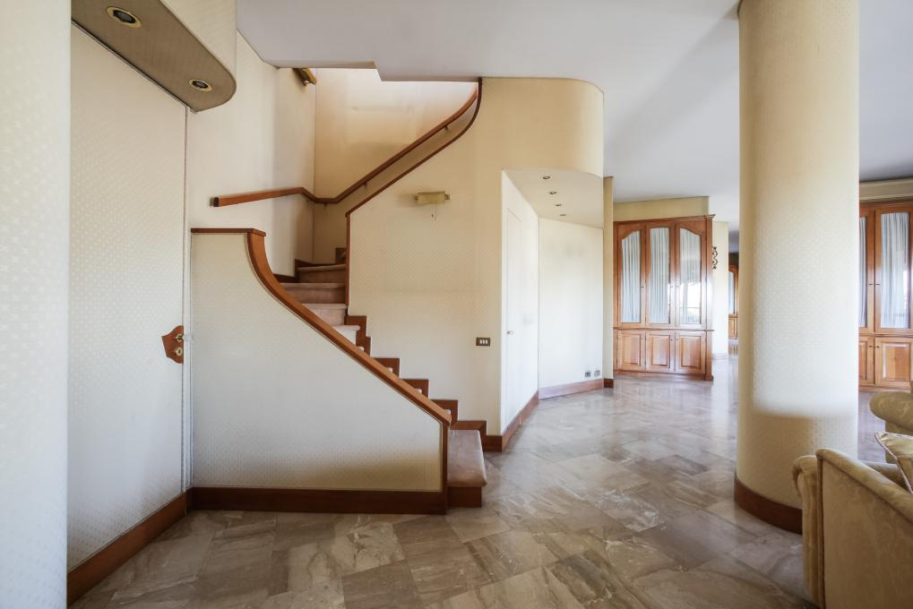 milano vendesi moscova terrazzo corso como panoramico ultimo piano 300 metri bal