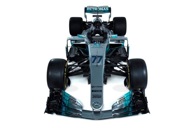 F1 teams display bold side in Barcelona