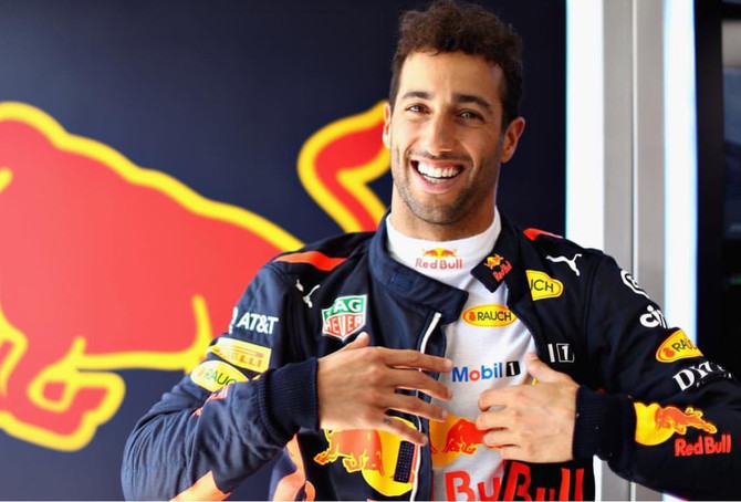 Daniel Ricciardo leaves Red Bull for Renault
