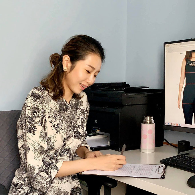 Online Face & Body Shape Analysis
