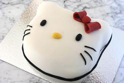 Hello Kitty, huvud