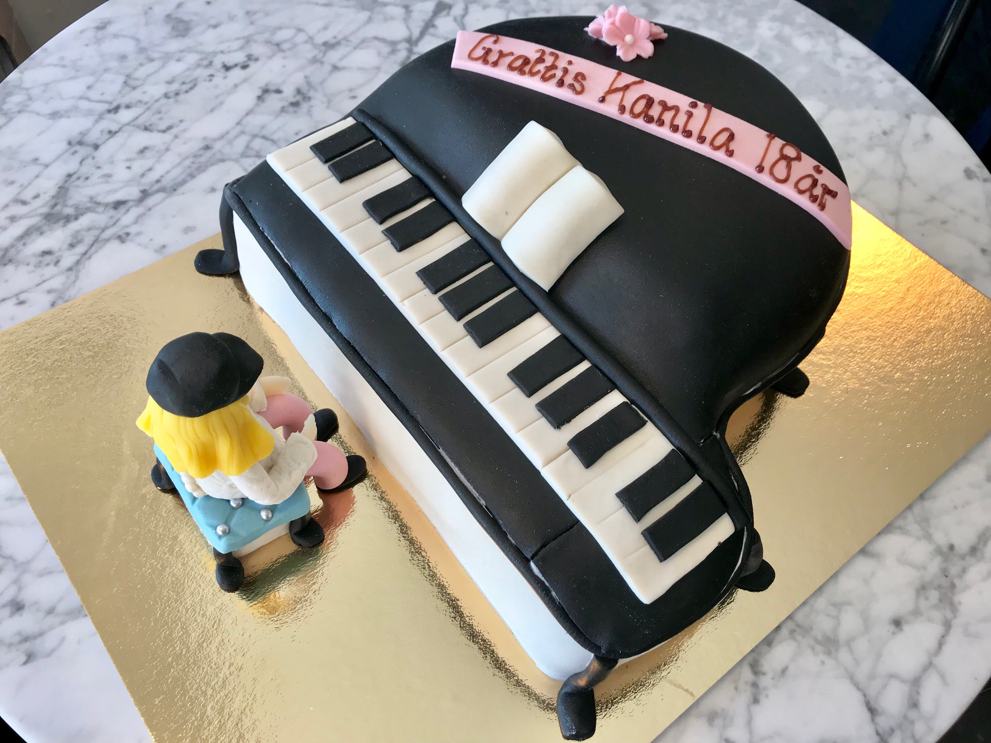 Piano-tårta
