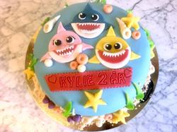 Babyshark-tårta