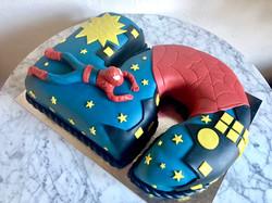 5-års tårta - Liggande Spiderman