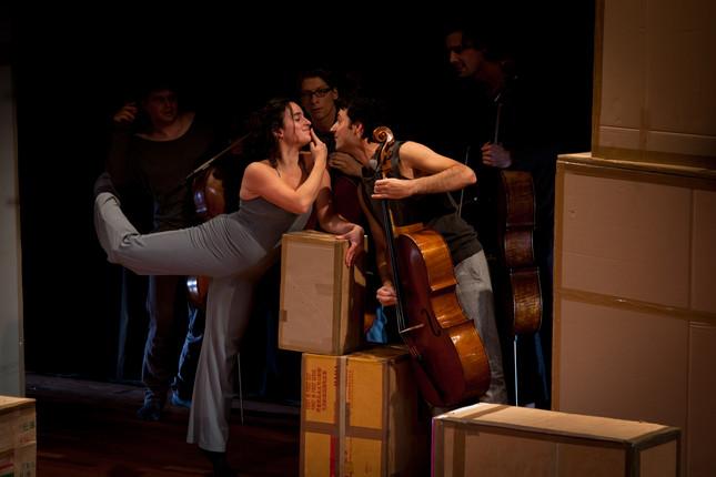 Compagnie Oorkaan und Cello8ctet Amsterdam - Cello storm_05 © Ronald Knapp