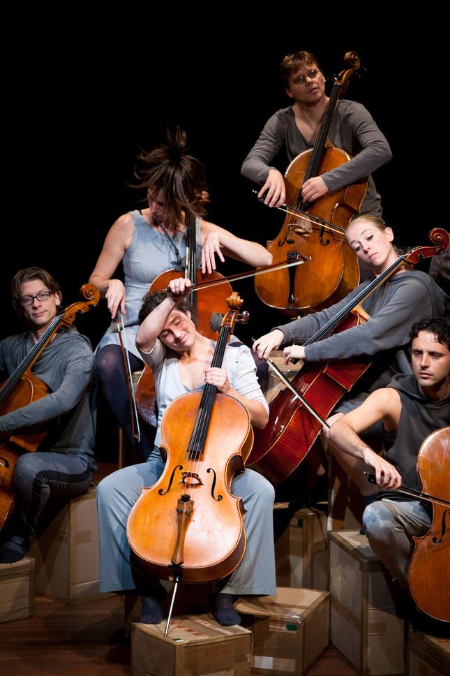 Compagnie Oorkaan und Cello8ctet Amsterdam - Cello storm_01 © Ronald Knapp