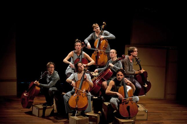 Compagnie Oorkaan und Cello8ctet Amsterdam - Cello storm_04 © Ronald Knapp