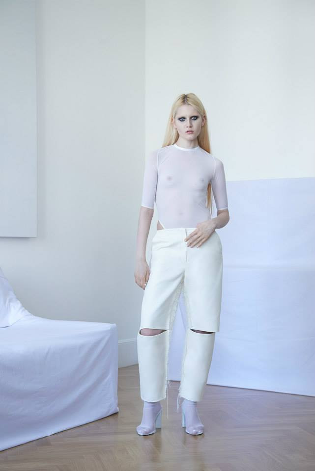 BEVZA  at the centre of creations by Bevza – a ‪#‎womenswear‬ brand based in Kiev – lies the concept of the White Dress, around which all the collections are developed. A ‪#‎minimalist‬ attitude with white as its manifest, for simple silhouettes featuring a clean cut teamed with fine materials.