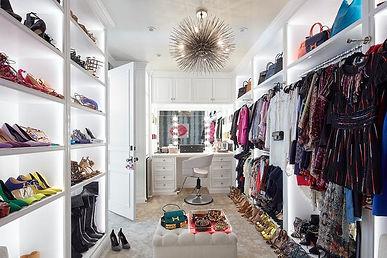 fashion closet.jpg