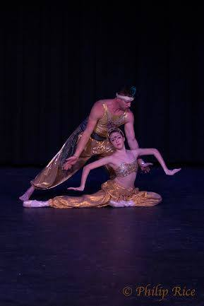 Arabian, Nutcracker/Clara's Dream