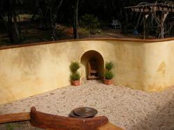 courtyard-niche