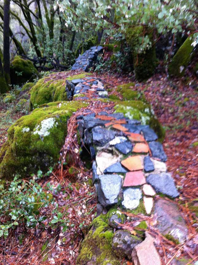 3 backyard bridges linking boulders