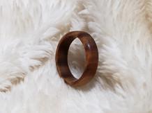 Y011~パロサントのリング